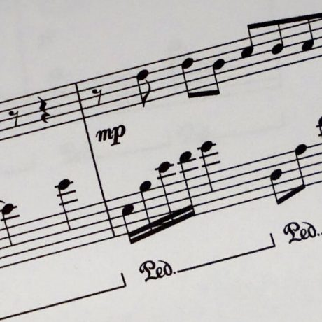 piano-tutor-musical-note-bg.jpg